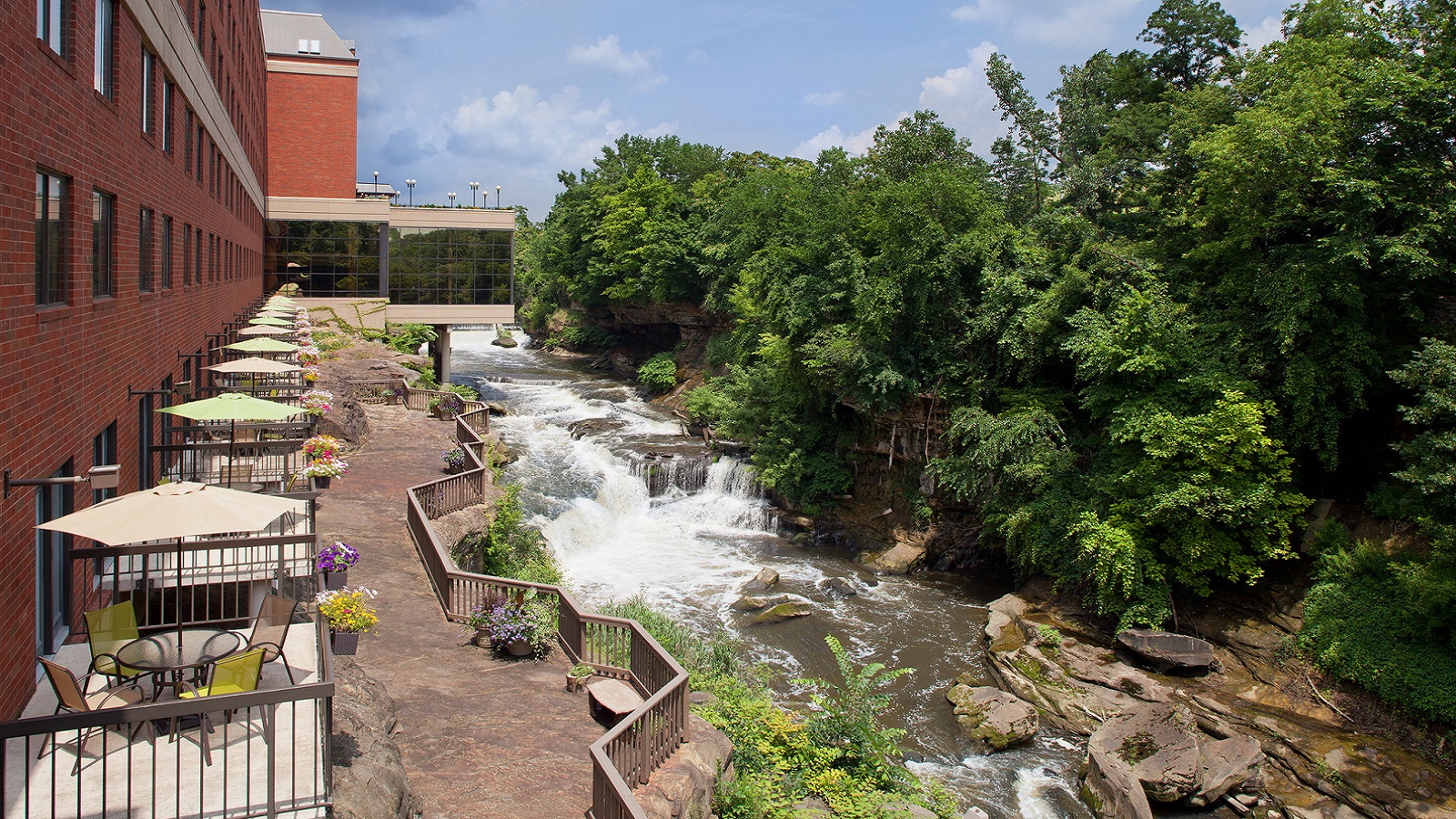 Sheraton Suites Akron Cuyahoga Falls - River View